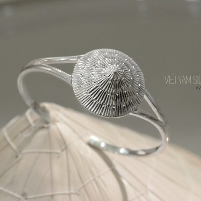 Vietnamese Conical Hat Bangle
