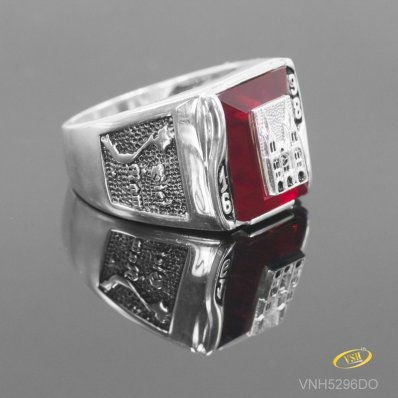 Notre Dame Cathedral Ring